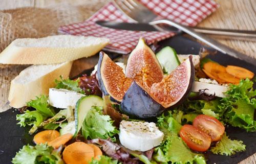 Salat mit Feige